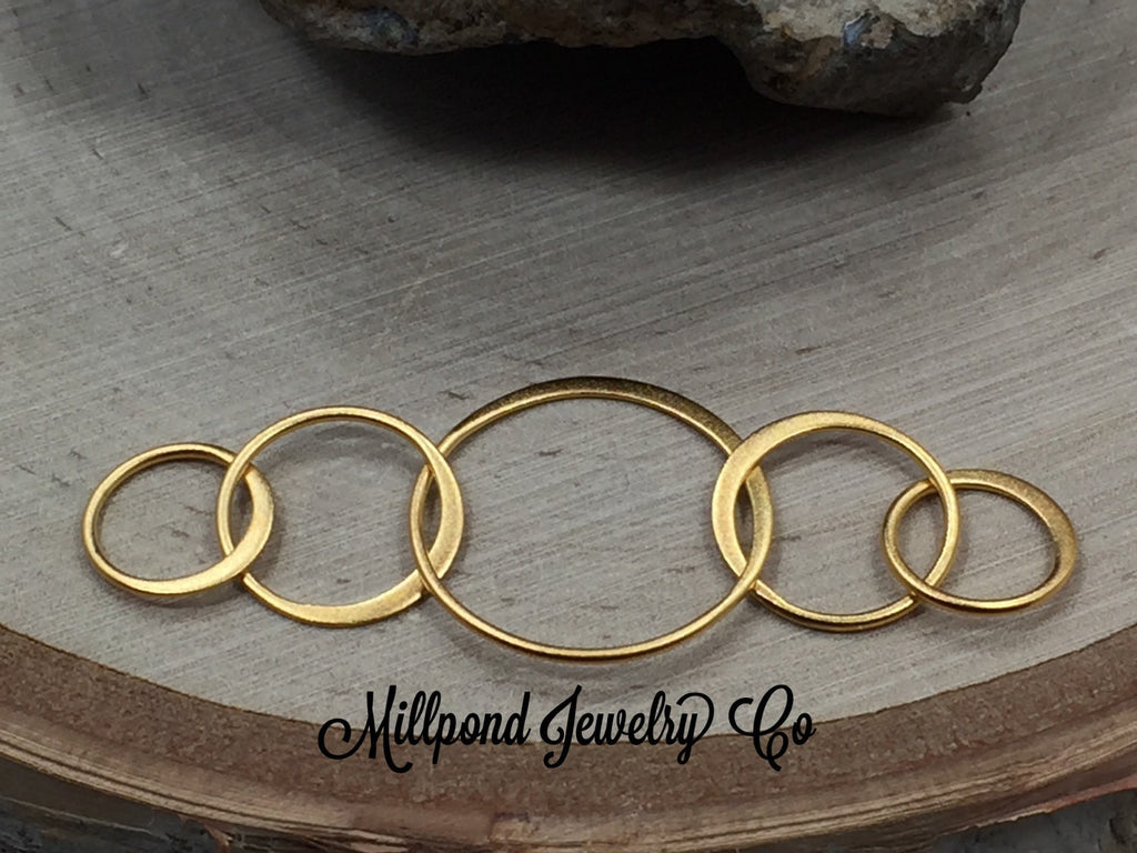 Gold Five Circles Charm, Five Links Charm, Circles Charm, Circle Charm, Necklace Charm, Circle Festoon, Circle Connector