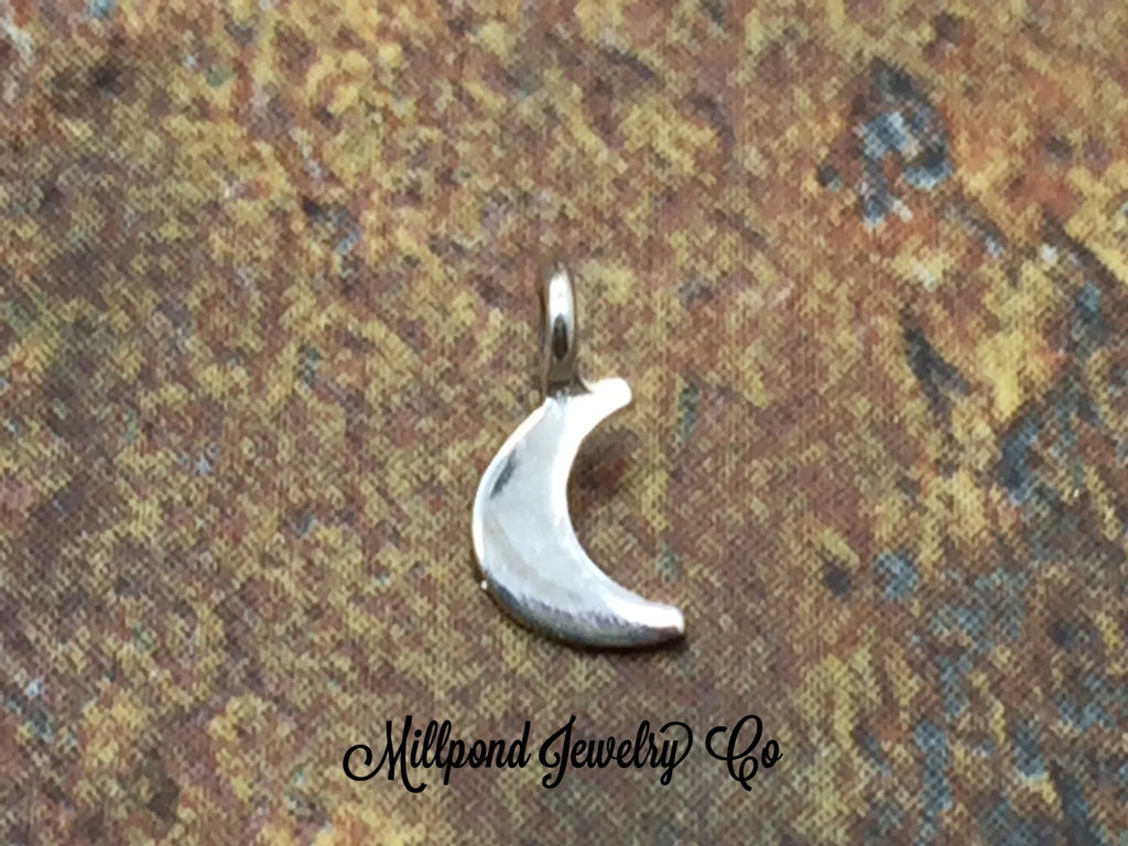 TEENY TINY Flat Moon Dangle, Small Moon Dangle Bead, Crescent Moon Dangle Bead, Sterling Silver Moon Bead, Tiny, 1 Piece, PS01485