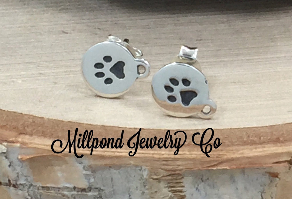 Paw Print Earrings, Paw Earrings, Paw Print Earrings with Post, Animal Earrings, Dog Paw Earrings, Cat Paw, Sterling Silver, PS01515