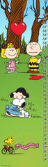 Peanuts Valentines Day growth chart showing a heart shaped balloon, Charlie Brown, Woodstock, Lucy and Sally.