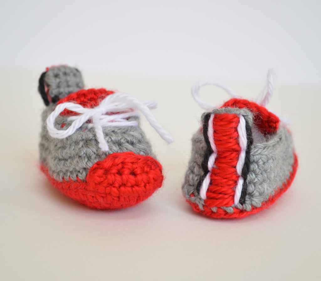 School spirit baby booties - Artizenbox  - 1