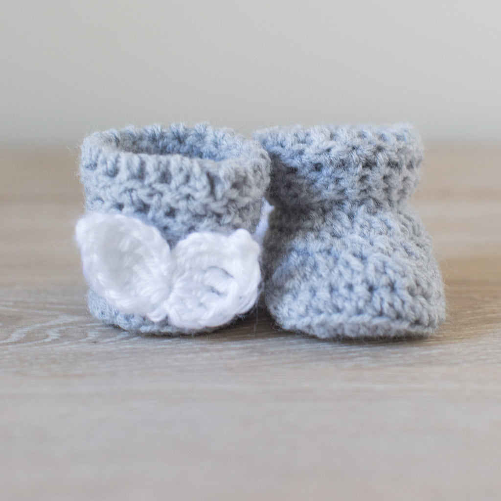 'Angel Cake' Mini Macaron Newborn Booties, Baby Booties, Newborn Photo Props, Pregnancy Reveal Booties - Artizenbox  - 1