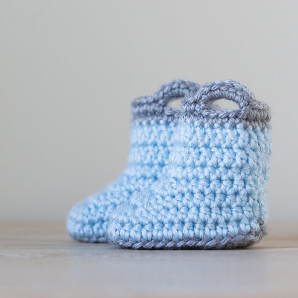 'Blueberry Rain' Mini Macaron Newborn Booties, Baby Booties, Newborn Photo Props, Pregnancy Reveal Booties - Artizenbox  - 1