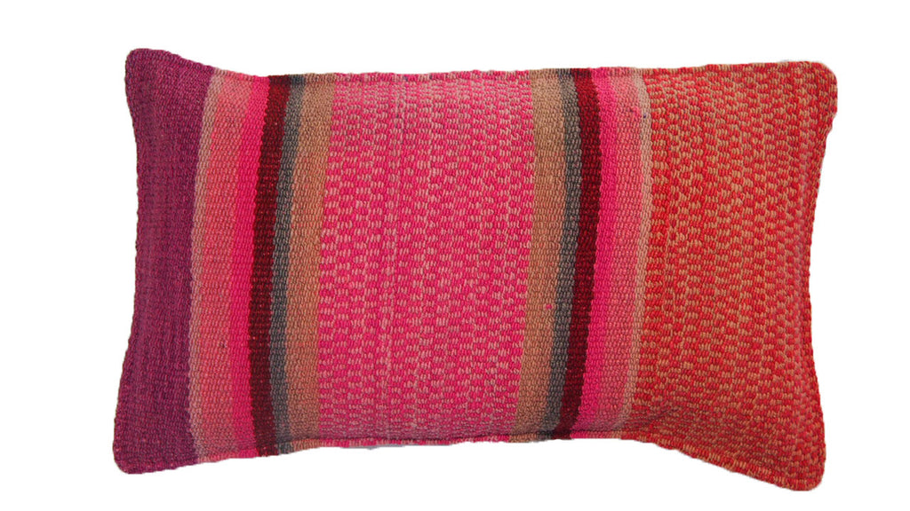 QUITOS CUSHION