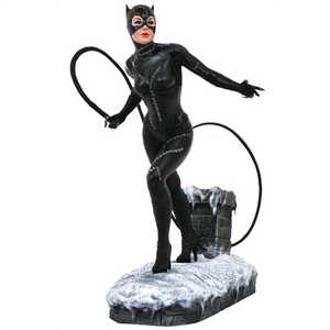 "Batman Returns - Catwoman 9"" PVC DC Gallery Statue"