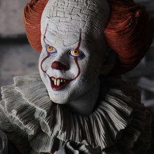 It (2017) - Pennywise 1:4 Scale Action Figure