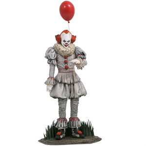 "IT Chapter 2 - Pennywise 9"" PVC Gallery Diorama Statue"