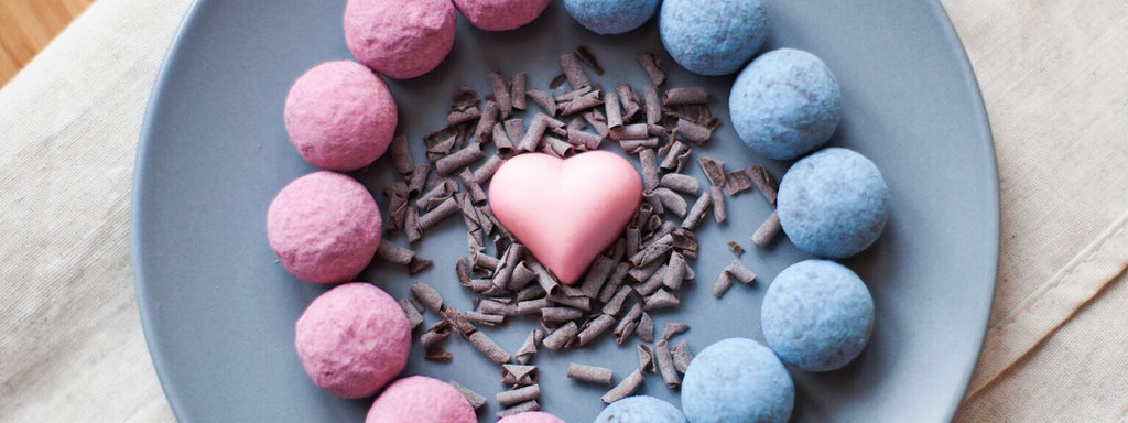 Valentines day chocolate gifts delivered austrialia wide luka luka chocolates is the perfect gift for valentines day send your special gift to your valentine today negle Image collections