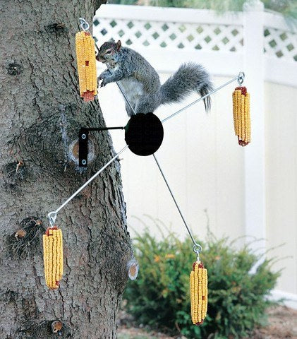 Cobs a Twirl Squirrel Feeder