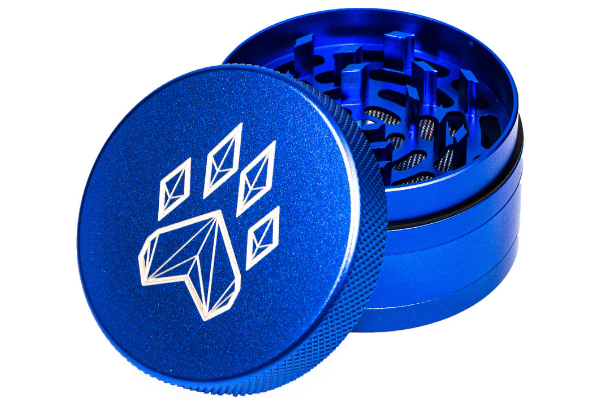 Wolf Traditional 4-Piece Herb Grinder - Blue