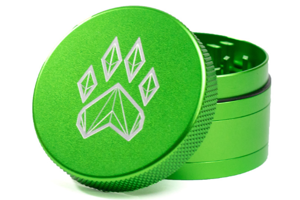 Wolf Traditional 4-Piece Herb Grinder - Green