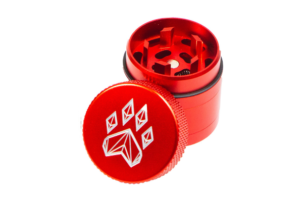 Wolf Traditional 4-Piece Herb Grinder - Small - Red