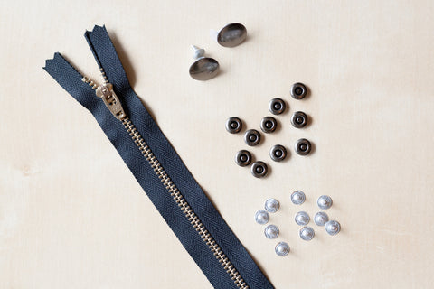 Zipper Fly Denim Hardware Kit in Gun Metal