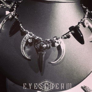 Eyescream-Gothic-Jewelry-Test choker claws