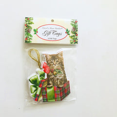 cat and gift tag christmas