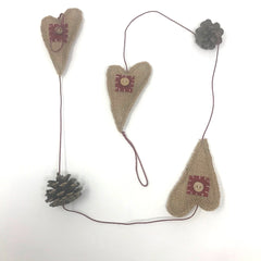 Country Christmas Garland - Hearts and Pinecones