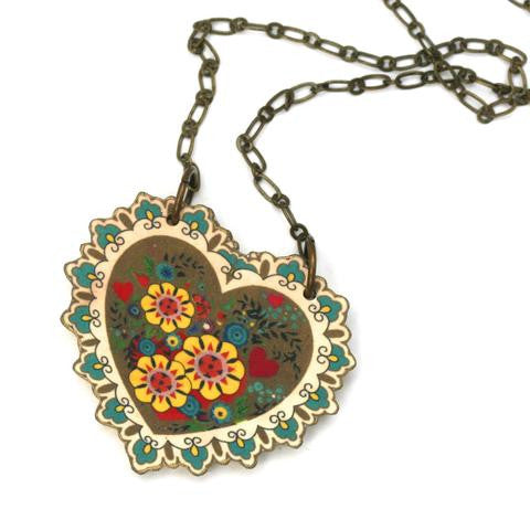 hearts and flowers locket