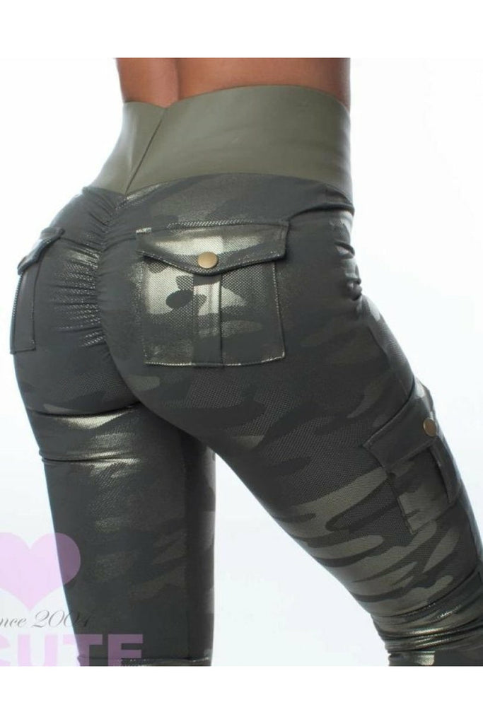 *machine Gun Kelly* (Elevated Cargo Booty) Leggings - Elevated