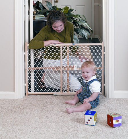 Plastic mesh dog gate baby gate pressure mounted