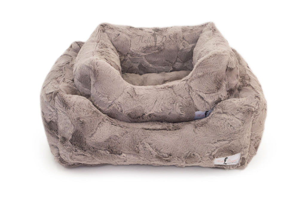 luxury dog bed for small breeds