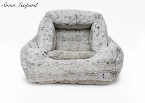 Snow leopard luxury dog bed for small breeds