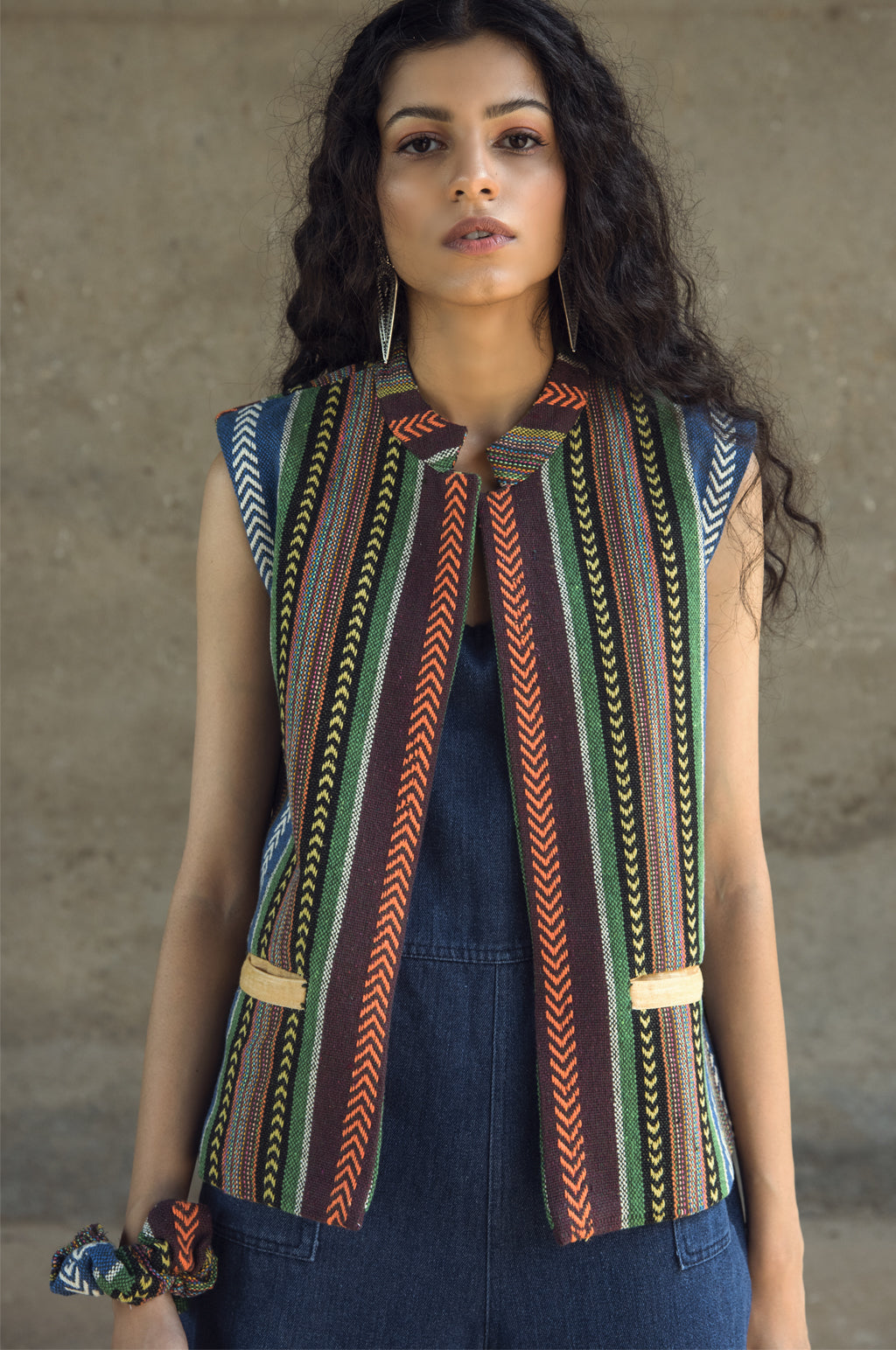 TRIBE SLEEVELESS NEHRU JACKET
