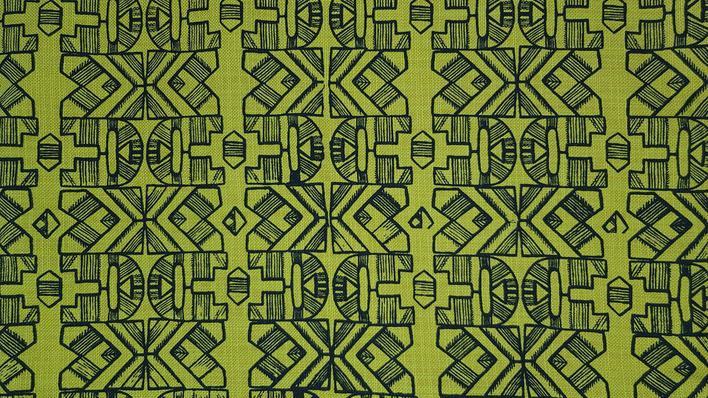 Stowe & so Table Cloth. Ndebele Design Charcoal on Lime.