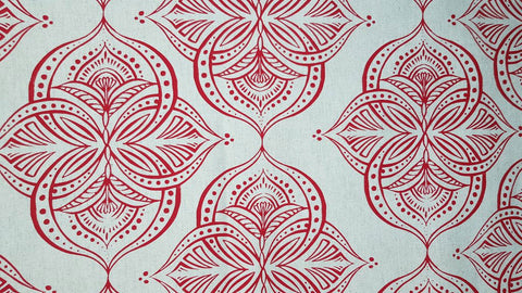 Stowe & so Table Cloth. Waterlilly Red on Stone. 3m.