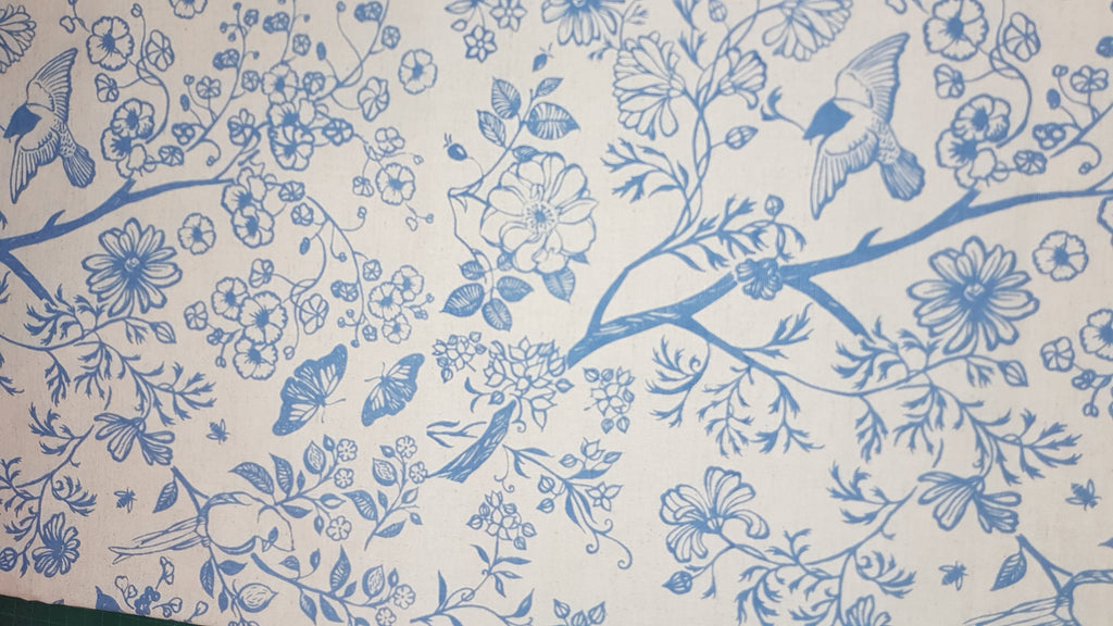 Stowe & so Table Cloth. 2m Tea in the Garden in Blue on Stone.