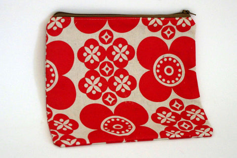 Stowe and so Handmade Pencil Case: Retro Daisy