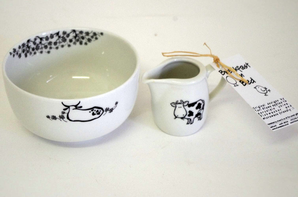 Stowe & so Breakfast In Bed Set: Cow Design (Bowl & Milk Jug)