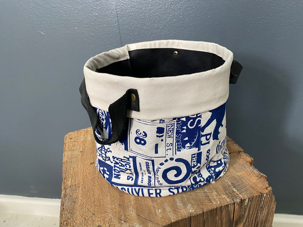 Stowe & so Pot Bag. Grahamstown Design in Cobalt on Stone.
