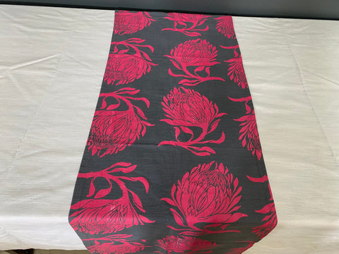 1.5m x 0.4m Stowe & so Runner. King Protea in Pink on Charcoal.