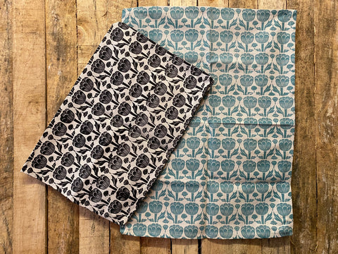 Stowe & So Tea Towel Set: Poppy Seed in Black and Duck Egg