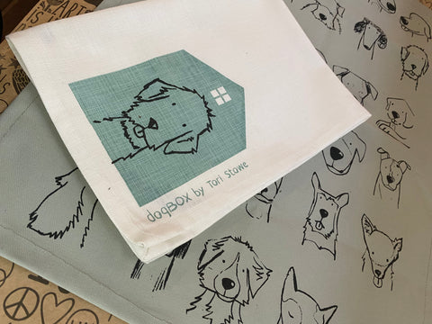 Stowe & So Tea Towel Set: Dog Box in White and Mint.
