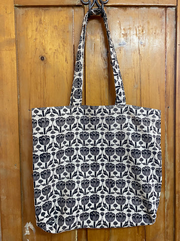 Shopper Bag. Poppy in Black.