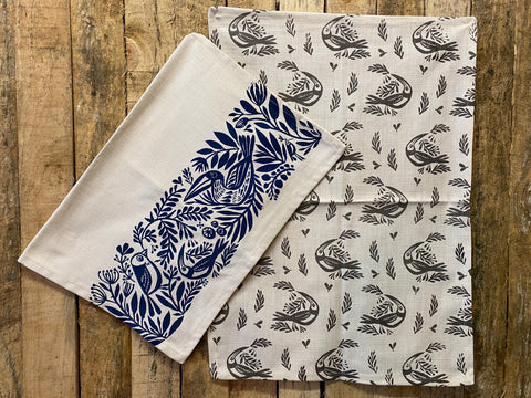 Stowe & So Tea Towel Set: Birds in Grey and Cobalt