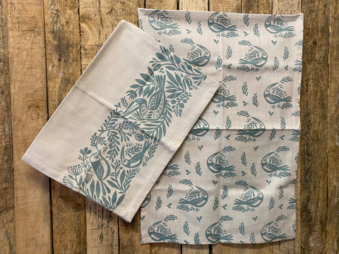 Stowe & So Tea Towel Set: Birds in Light Blue