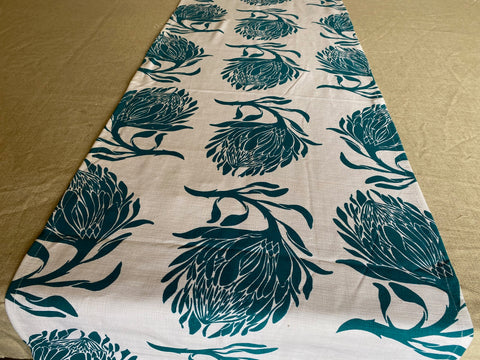 1.5m x 0.4m Stowe & so Runner. King Protea in Aqua on Cream.