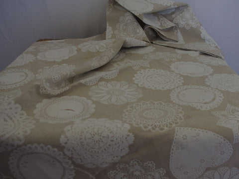 Stowe & so Table Cloth: Doily 2m x 1.5m ON SALE