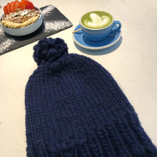 Load image into Gallery viewer, Dark blue beanie