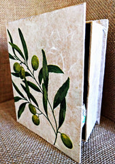 Book of Olive Oil, Best handmade gift, healthy recipes, olive gift, Culinary treats, Infused Extra Virgin Olive Oil, Unique taste and flavor
