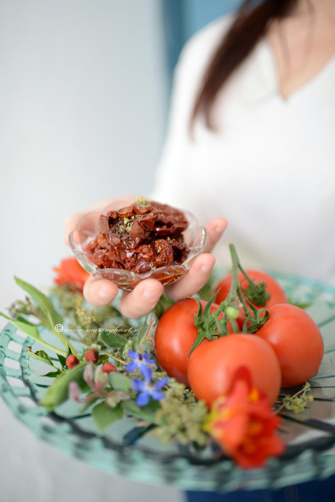 dried tomatoes in oil and herbs, thespartantable