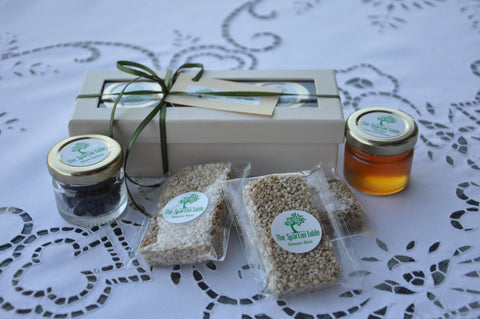"Gift parcel, ""The Kings"" series : ""Honey Pack"", Black Raisins, Natural Honey and Handmade Sesame bars in a Gift Pack, the Ideal gift"