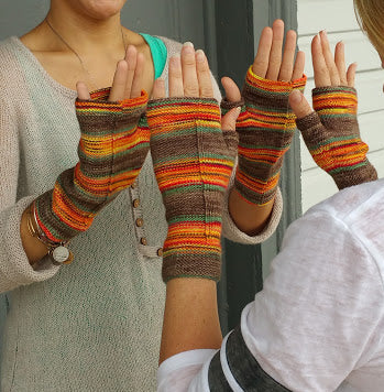 Let's Go Camping Fingerless Mitts Pattern - Camp KAL 2017