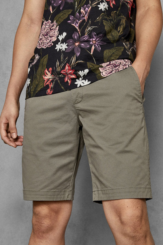 Ted Baker SELSHOR CHINO SHORTS Olive