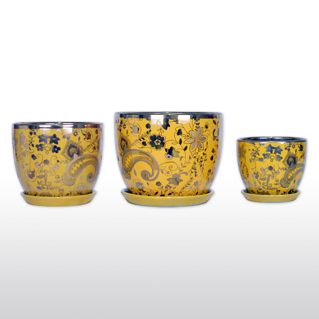 Ceramic Planters - A Trio Of Ceramic Planter With Tray Gold Plated In Yellow