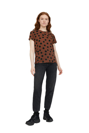 ARMEDANGELS Naalina Big Dots Cacao t-shirt | Sophie Stone