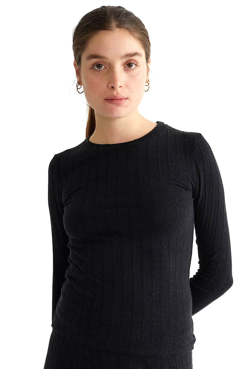 Thinking Mu Black Trash Alpan top | Sophie Stone