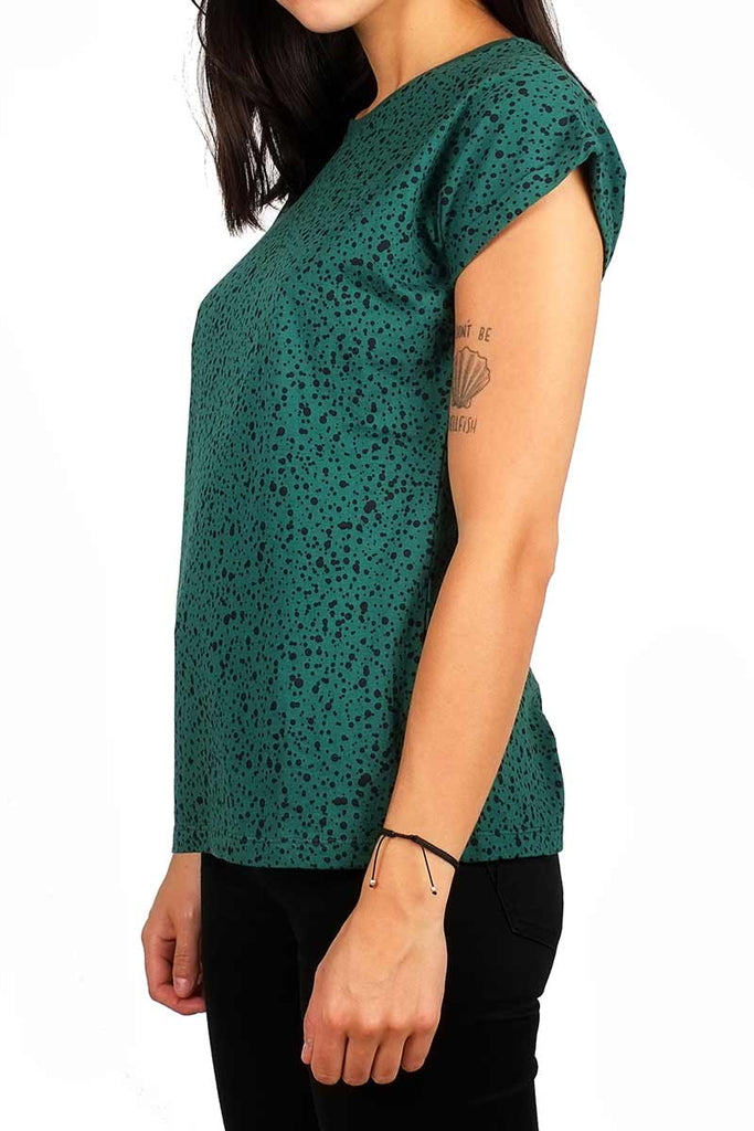 Dedicated Visby Dots green shirt | Sophie Stone
